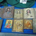 Украинец пытался привезти вПольшу старинные иконы ичасы
