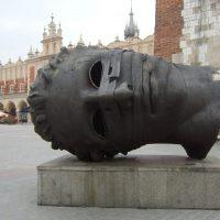 10 самых необычных памятников в Польше