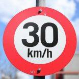 Крупные польские города ограничат скорость автомобилей до 30 км/час
